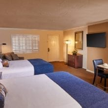 Scottsdaleplaza Rooms Superior Bedroom Shutters